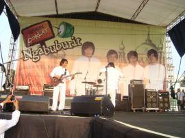NGABUBURIT 2011 CIKAMPEK (16)